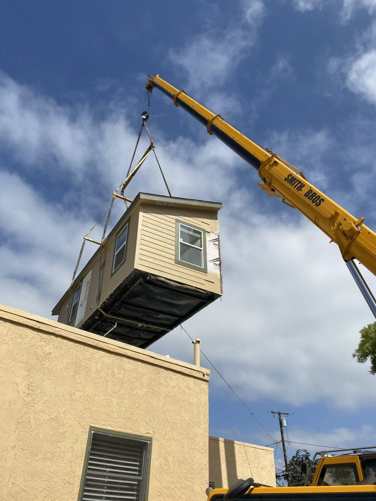 moving a house by crane