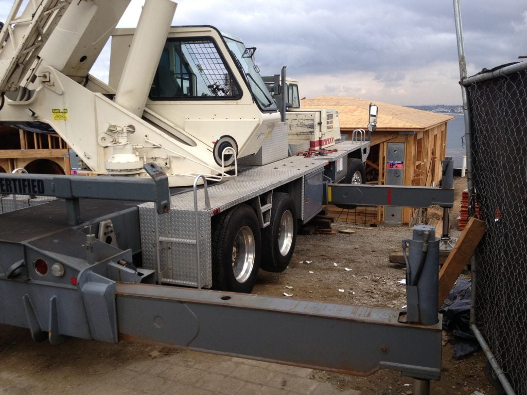construction cranes for rent