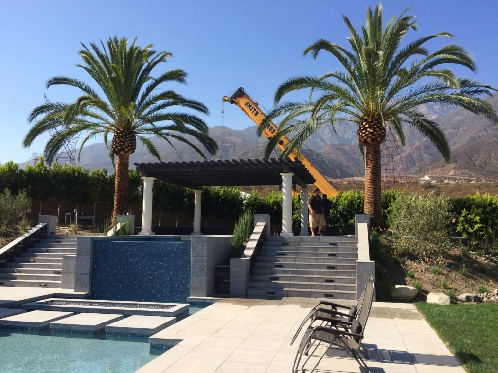 crane rental services for home landscaping