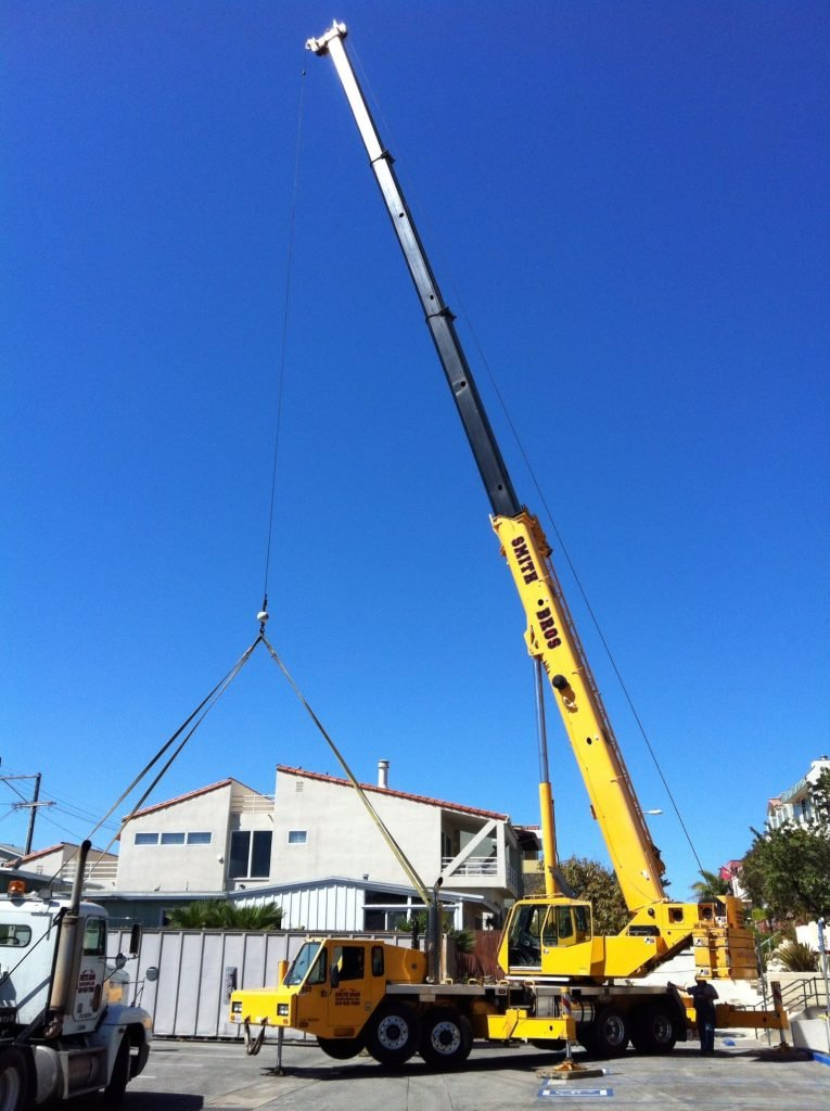 moving storage containers by crane